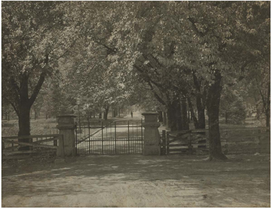 Historical Front Gates at Broad Street 1900
