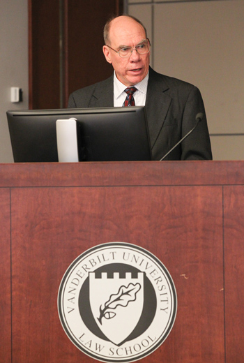 Stephen Sanders '78 at the 2014-15 Social Justice Fellow Lecture