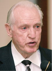 Cecil Branstetter